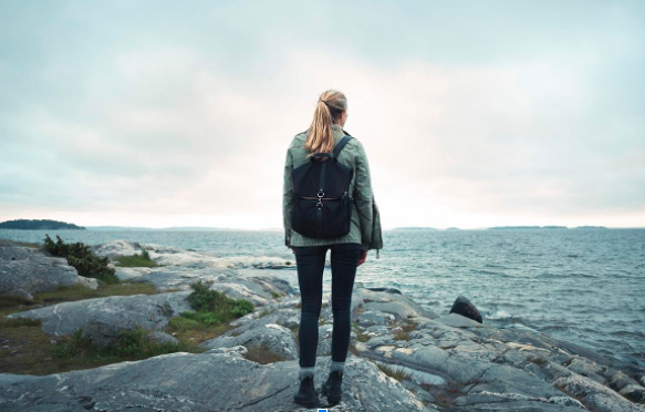 'I'm a Physical Therapist and These are the 7 Best Backpacks For Back Support'
